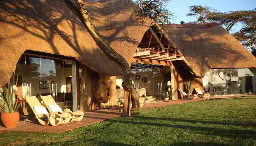 luxury-holiday-african-paradise-safaris